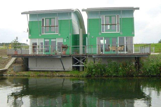 A Dutch Floating House